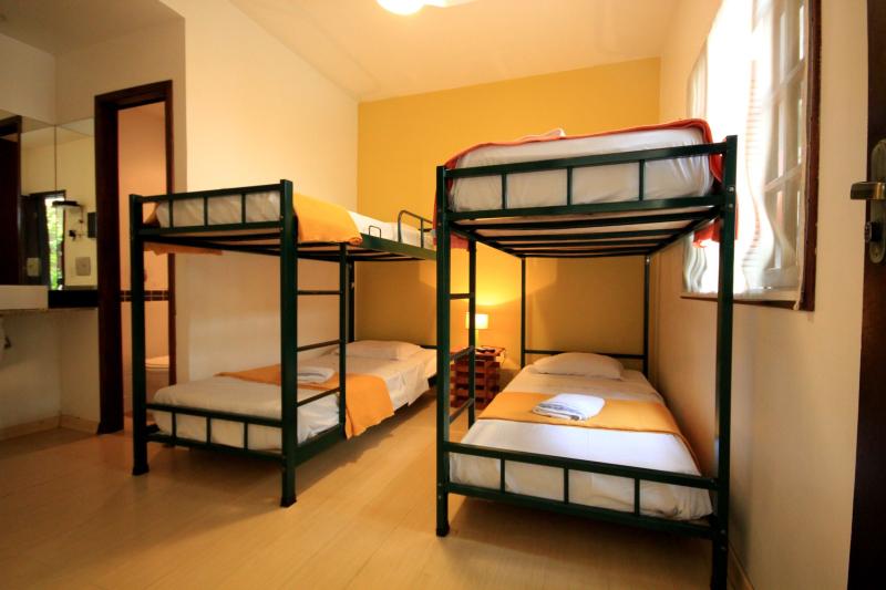 Mango-tree-hostel-rio-de-janeiro-quadruple-deluxe-private-ensuite-5
